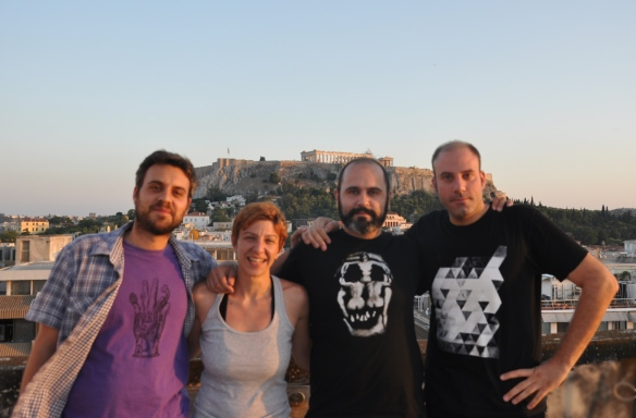 Tapely-Team vor der Akropolis. Ganz rechts Alexandros Nikolaidis